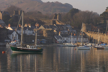 conwy boats by smallest house.jpg
